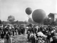 Globos aerostáticos en el parque del bosque de Vincennes (1900).