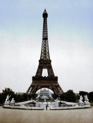 La Torre Eiffel vista desde el Trocadero, 1900.