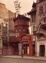 El Moulin Rouge sobre 1900.