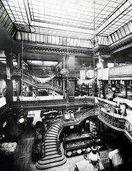 Le Bon Marché. Calle Rivoli. Hacia 1900, Albert Chevojon.