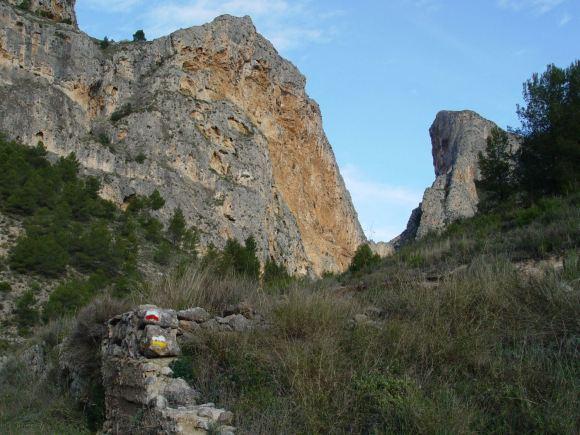 Sierra de Mariola. 'Barranc del Cinc'.