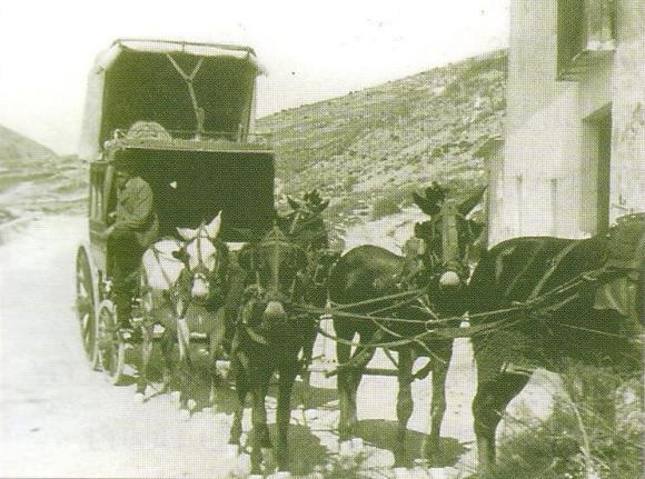 'Senda dels Pescaters'. Diligencia entre Alcoi y Alicante a principios del siglo XX.
