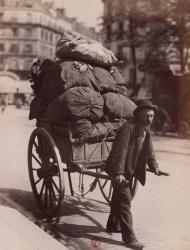 """""""El trapero"""" (1899). Eugène Atget."""