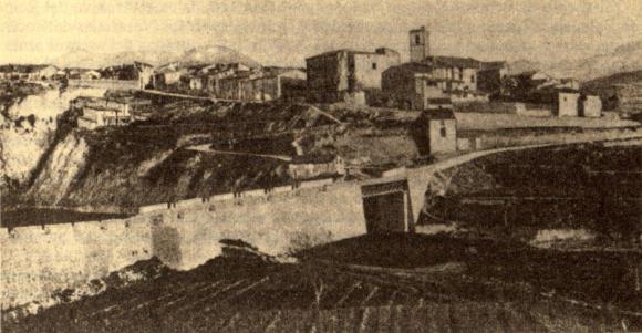 """Benilloba en 1910. Fotografía del volumen sobre Alicante de Carreras Candi correspondiente la """"Geografía general del Reino de Valencia""""."""