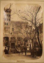 Plaza Real (Cervecería Ambos Mundos). Barcelona 1874 (Plaza del Rey).