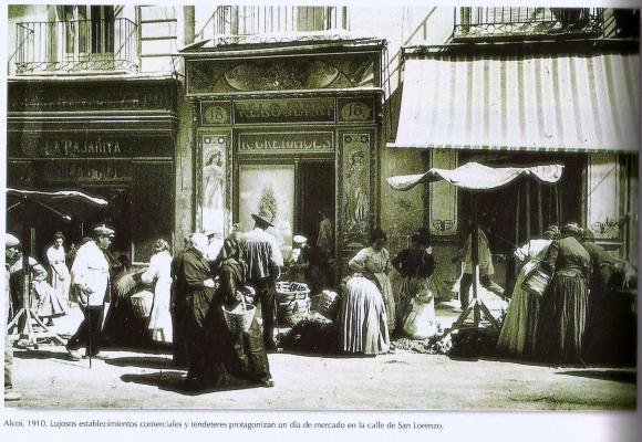Calle San Lorenzo en 1910. Así imaginamos la imprenta-librería donde trabajaba Esclafit.