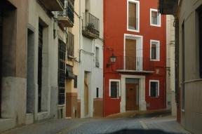 Calle l'Àngel, en el casco antiguo.