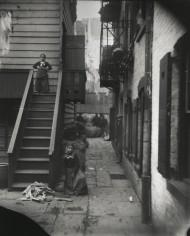 Calle Baxter en la Curva de la calle Mulberry (Mulberry Bend). Jacob Riis, 1890.