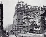 El Waldorf Astoria en la esquina de la Quinta Avenida y la calle 34, lugar que hoy ocupa el Empire State Building, 1898.