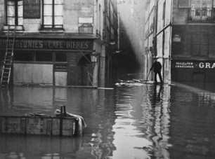 Calle Git le Coeur. / Roger Viollet / BHVP.