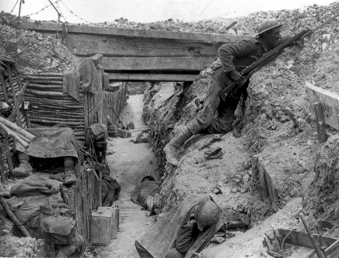 hombres-del-11-batallc3b3n-del-regimiento-de-cheshire-en-las-cercanc3adas-de-ovillers-la-boisselle-julio-de-1916