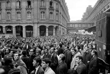 Manifestación en los alrededores de la Sorbona. / © Michel Pansu / Fonds France Soir / Coll. BHVP.